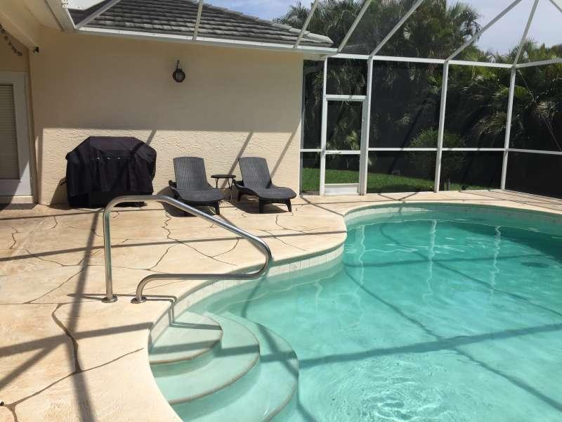 Pool solar und elektrisch beheizt